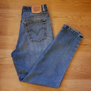 Levi's 512 Classic High Waisted Mom Jeans